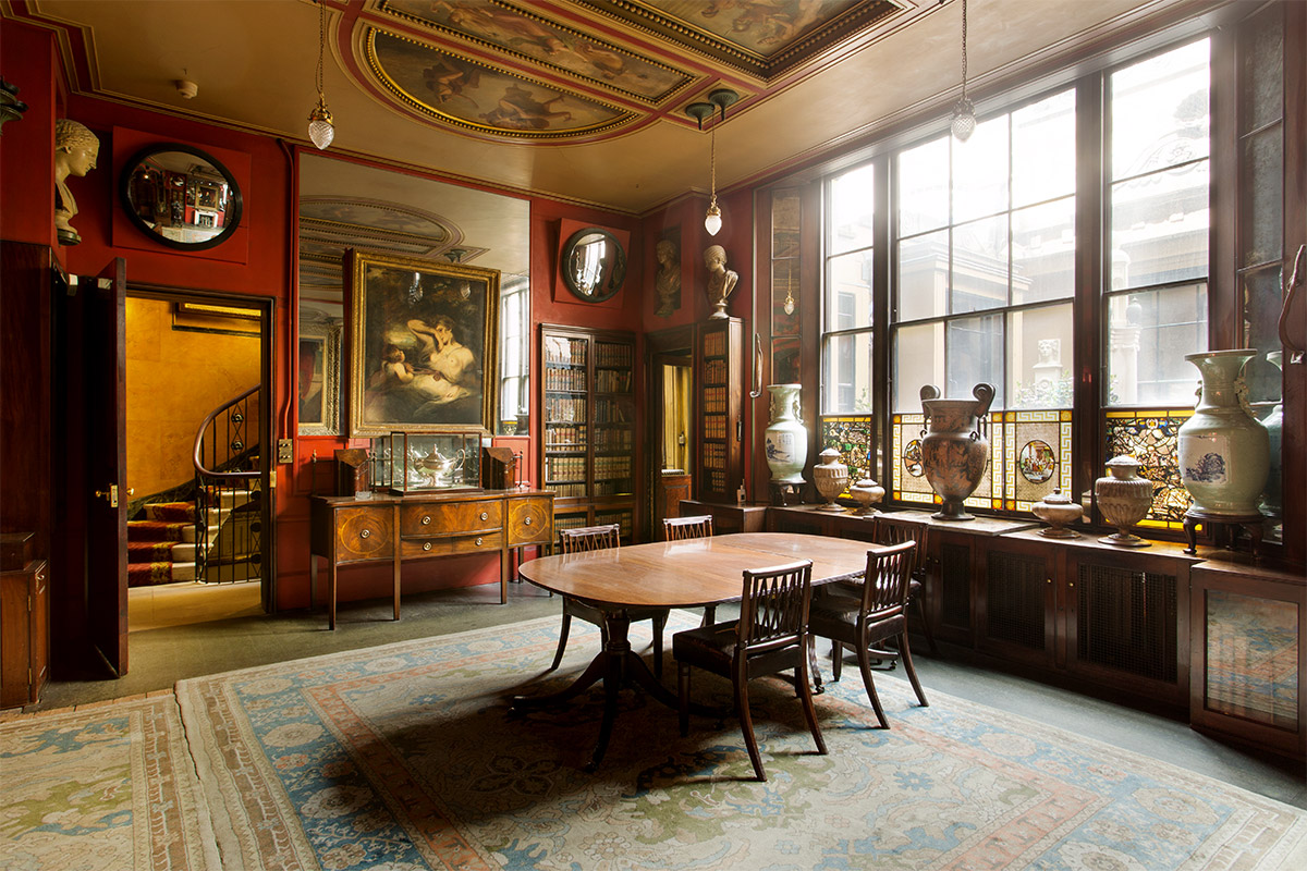 lewis-bush-sir-john-soane-museum-library-dining-room